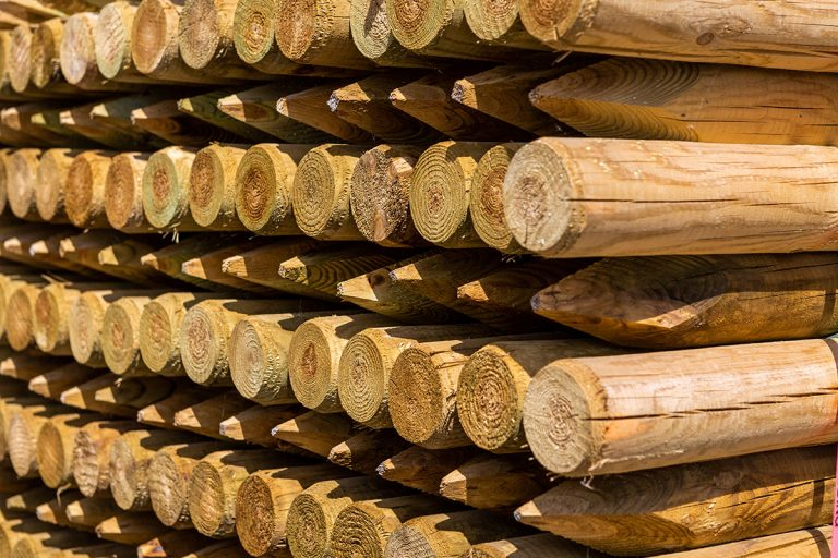 Drem Timber and Fencing are timber specialists based in East Lothian. Wooden timber rounds for Domestic and Agricultural use